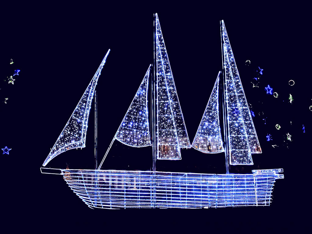 The Christmas Boat Decoration